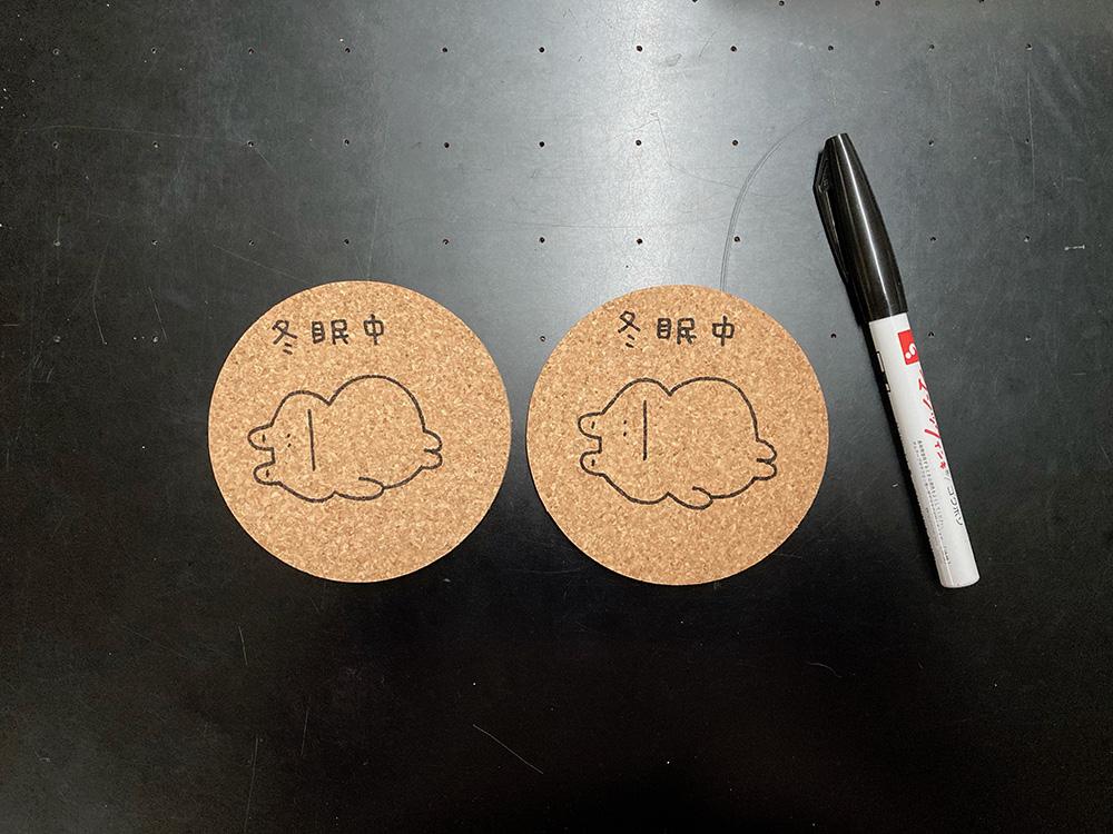 長野県松本市なわて通りのRiBBiTさんに納品するつぶやきコースターを描きました